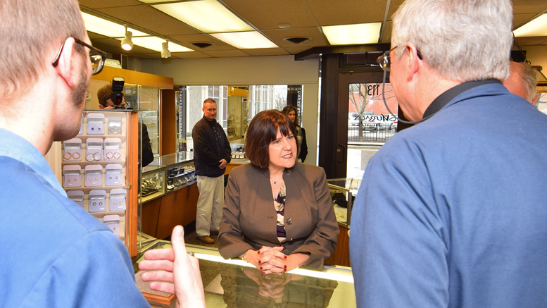 First Lady Karen Pence visits Murray's Jewelers to view the custom jewelry the company created for the Bicentennial Marketplace. Photo by: Mike Rhodes