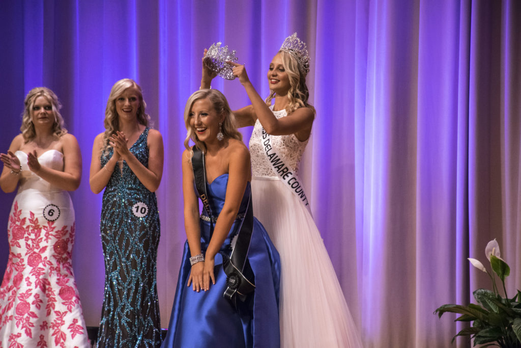 Mariah Rumfelt, Miss Delaware County 2016 places the tiara on Lexie Manor, 2017 Miss Delaware County.