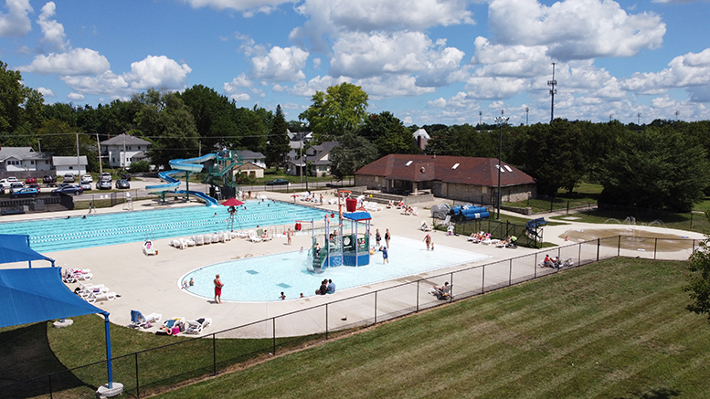 Tuhey Pool and splash pad. Photo by: Mike Rhodes